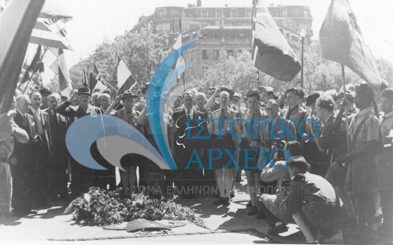 Φωτογραφίες από την ελληνική συμμετοχή στο 6ο Παγκόσμιο Προσκοπικό Τζάμπορη στην Moisson της Γαλλίας το 1947.