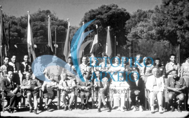 Φωτογραφίες από το 2ο Πανελλήνιο Τζάμπορη που πραγματοποιήθηκε με την ευκαιρία του Ιωβηλαίου του ΣΕΠ (πενήντα χρόνια) τον Αύγουστο του 1960 στην Αμφίκλεια Παρνασσού.